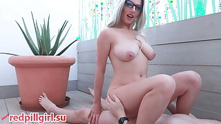 sexy mart in glasses fucked with creampie