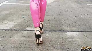 High Heels Walk Extreme